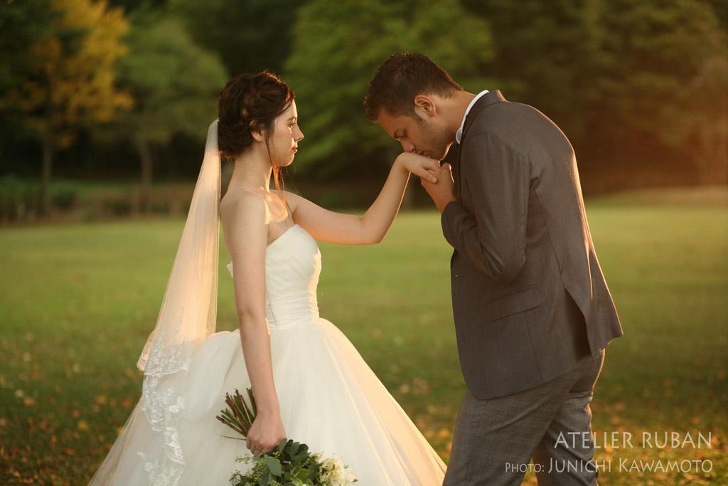 RUSTIC WEDDING 二人のために夕陽